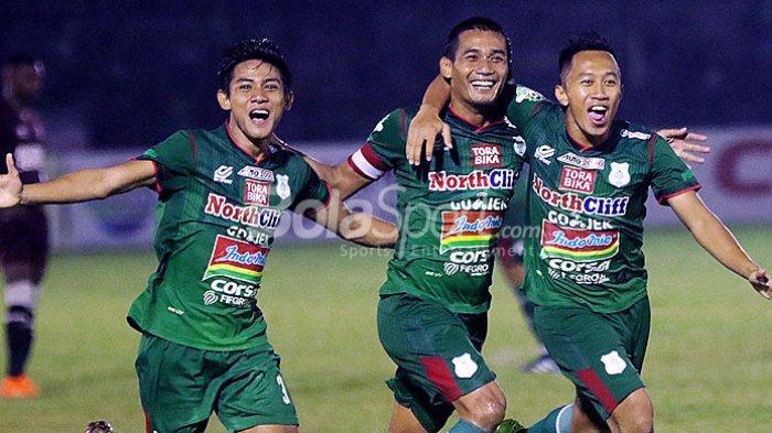 Live Streaming Bola Liga 1 2018 di Indosiar, Susunan Pemain PSMS Medan vs PS Tira Malam Ini