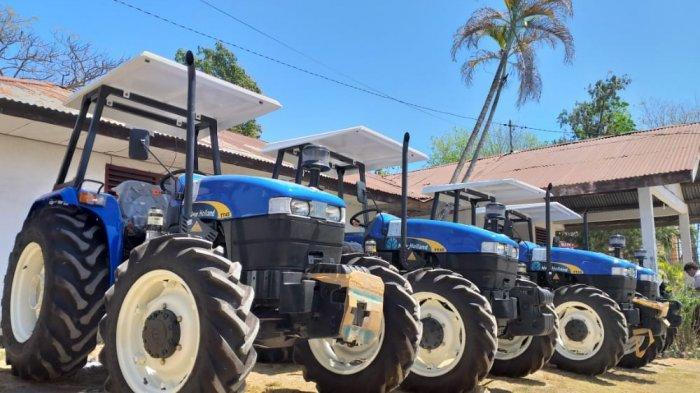 Bantu Petani di Perbatasan, Ansy Lema Datangkan Puluhan Alsintan ke Belu-Malaka-Rote Ndao