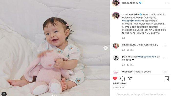 Putri Jonas Rivanno dengan Asmirandah , Chloe yang kini berusia 6 bulan, sudah makan makanan yang dimakan ibunya