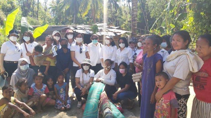 PWLJK NTT Berbagi Kasih untuk Perempuan Terdampak Bencana Seroja