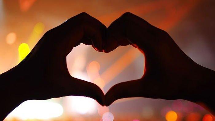 Hari ini Ada 5 Zodiak yang Cintanya Berbunga-bunga, Ramalan Zodiak Cinta Rabu 24 Februari 2021