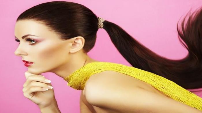 7 Tips Sederhana Agar Rambut Anda Cepat Panjang dan Sehat, Bukan Keramas Setiap Hari
