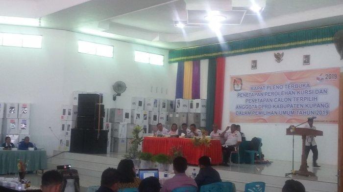 KPU Resmi Tetapkan 40 Caleg DPRD Kabupaten Kupang Periode 2019-2024