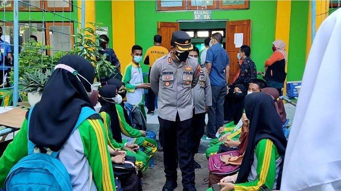 Ratusan Siswa Man Kalabahi Antusias Ikut Valsinasi Goes To School Polres Alor NTT
