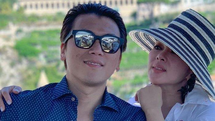 Syahrini Asyik Liburan ke Italia Bareng Suami Reino Barack, Kakak Aisyahrini Pegang-pegang  Buah Ini