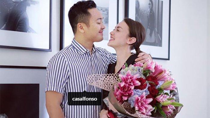 Rianti Cartwright Kini Hamil Setelah 10 Tahun Nikah,  Kehidupannya Kini