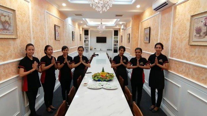 TRIBUN WIKKI : Pengunjung Bisa Makan dan Juga Karaoke di VIP Room Waroenk Seafood