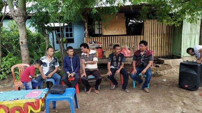 Keluarga Rote Ndao Kunjungi Panti Asuhan ! Ini yang Dilakukan
