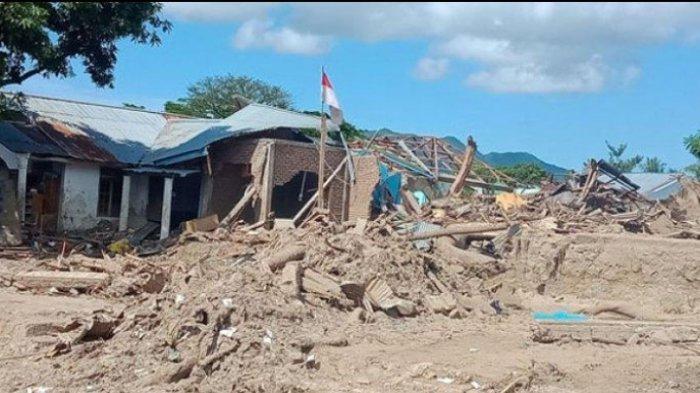 Rumah Tipe Risha untuk Korban Bencana Pulau Adonara Sedang Dibangun