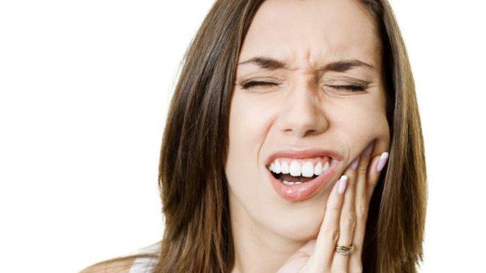 Butuh 5 Menit dengan 5 Bahan Alami yang Ampuh Atasi Sakit Gigi