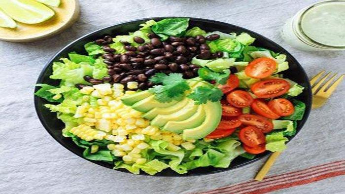 salad tomat dan alpukat