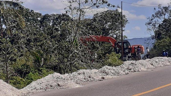 Anggaran Penanganan Longsor Ruas Jalan Nasional Waikeloh Sumba Barat Sebesar Rp 19, 1 Miliar