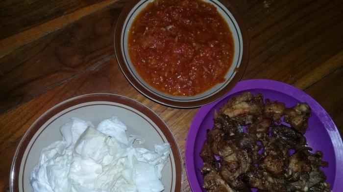 Food Corner: Ayam Goreng Ketumbar Sambal Lalap, Bisa Dikreasikan Sesuai Selera
