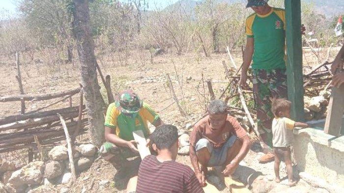 Satgas Pamtas Yonarmed 6/3 Kostrad Rehab Posyandu di Perbatasan