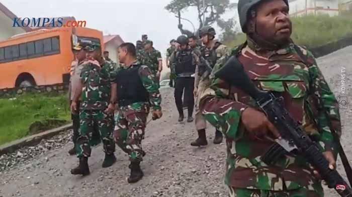 Untung TNI-Polri Cepat Terapkan Siasat Jitu Ketika Bedakan Anggota KKB Papua dan Warga Sipil, Lho?