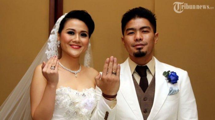 Mantan vokalis Samsons Bambang Reguna Bukit Jawab Isu Istrinya Berselingkuh