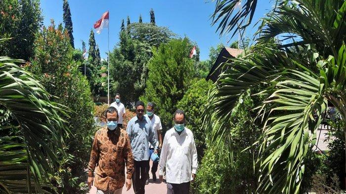 Sekertaris LLDIKTI Kupang Sambangi Unipa Indonesia Lalu Motivasi Dosen Untuk Maju