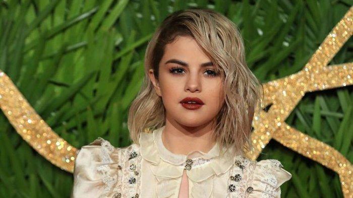 Selena Gomez Jalani Perawatan Kesehatan Mental, Diduga Alami Gangguan Mental