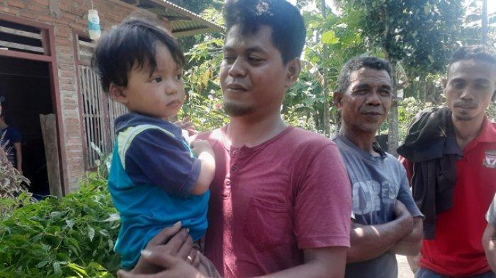 Kisah Selo, Bocah Lepas dari Pelukan Ibu Lalu Hilang 7 Jam Saat Banjir Bandang  Adonara, Kondisinya