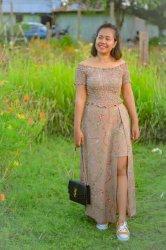 Hangout Pakai Set Dress Sabrina Bikin Fresh dan Percaya Diri
