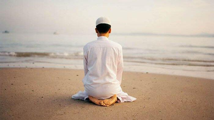 Begini Tata Cara Sholat Hajat, Keutamaan, Waktu Serta Bacaan Doa Agar Keinginanmu Terkabul