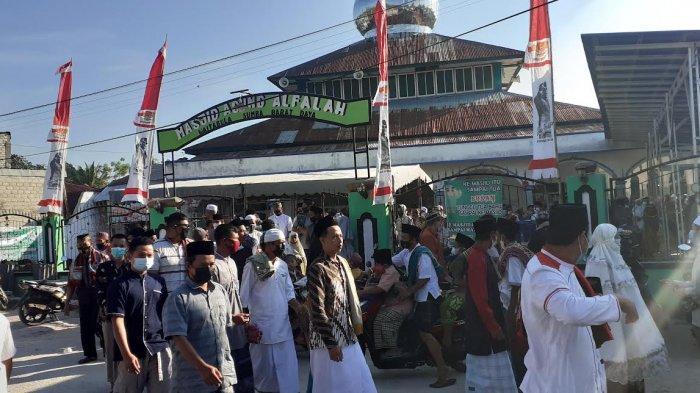 Perayaan Hari Raya Idul Adha 1442 H di Mesjid Agung Al Falah Waitabula SBD Terapkan Prokes Ketat
