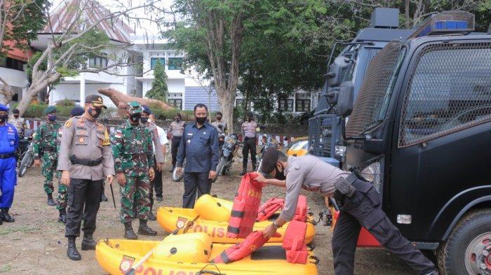 APEL---Apel Konsolidasi Kesiapsiagaan Bencana Alam tingkat Kabupaten Belu, bertempat di alun-alun Kantor Bupati Belu, Rabu (11/11/2020)