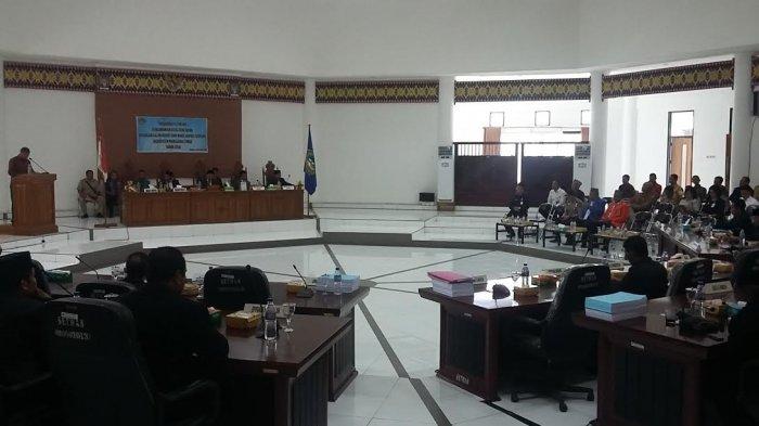 Rapat Paripurna Istimewa Pengumumunan Bupati dan Wabup Terpilih Matim Dipimpin Ketua DPRD