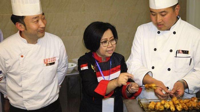 Bu Sisca Gantung Panci, Netizen: Terima Kasih Ilmu Masak-masaknya