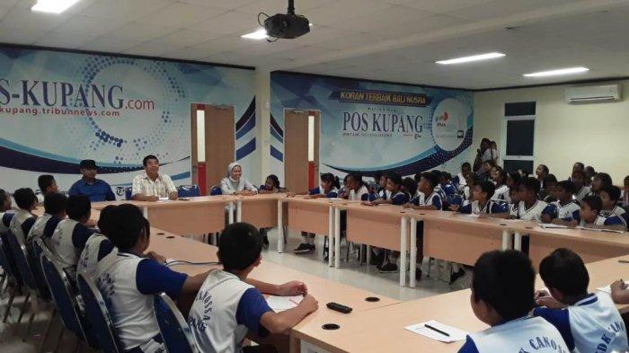Pupuk Semangat Literasi Sejak Dini, SDK Canosa Tandangi Pos Kupang