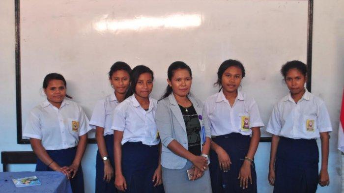 SMP Surya Mandala Kupang Bertahan dalam Keterbatasan