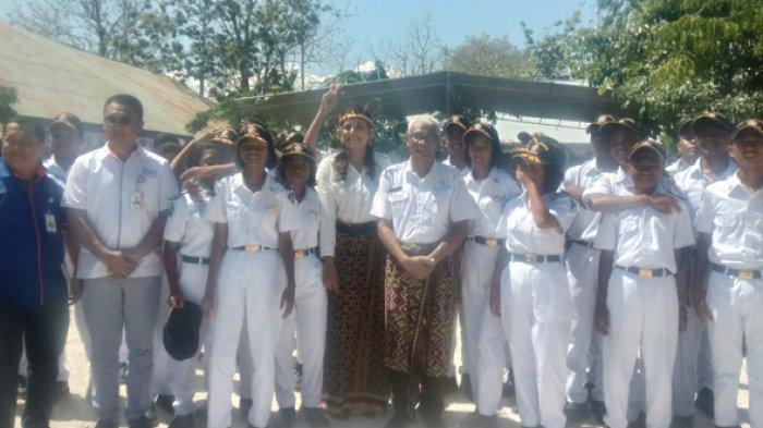 SMK Pelayaran Kupang Lantik 50 Calon Taruna-Taruni, Viktor Laiskodat Beberkan Kekayaan Laut NTT