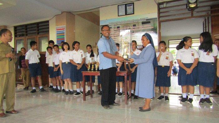 Hadapi UNBK 2018, Ini Loh Yang Dilakukan SMPK St. Theresia Kupang