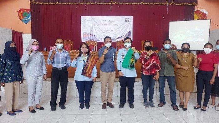 Kanwil Kemenkumham NTT Kerja Sama dengan Bank NTT Kalabahi Sosialisasi Pendaftaran KI di Alor