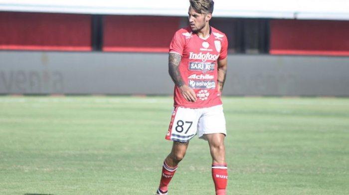 Pemain Bali United, Stefano Lilipaly.