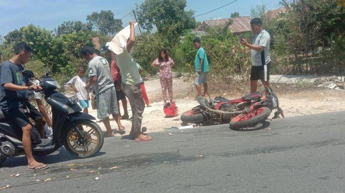 Lakalantas di Kayu Putih, Dua Pengendara Sepeda Motor Dilarikan ke Rumah Sakit