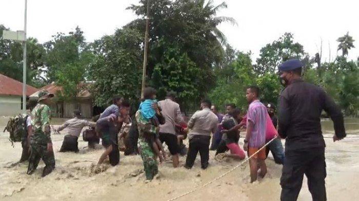 Banjir Benenai Kabupaten Malaka Belum Surut, Evakuasi Korban Terus berlanjut