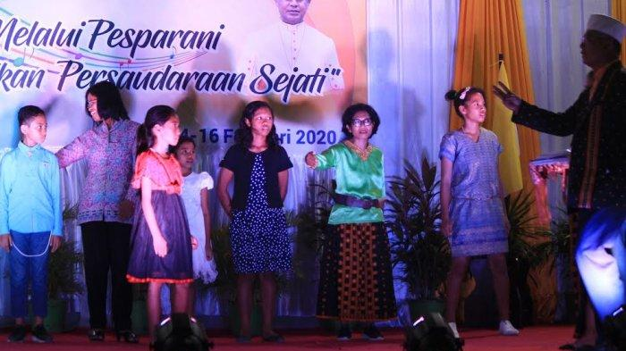 Bawakan Lagu Kerukunan, Siswa SMP Negeri I Aesesa Ajak Warga Nagekeo Jaga Persatuan