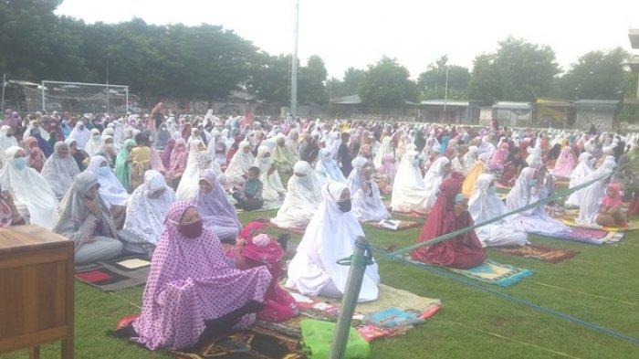 Lonceng Gereja Berdentang Disaat Khotib Ustad Abdurrauf Berkotbah pada Sholat Id di Malaka