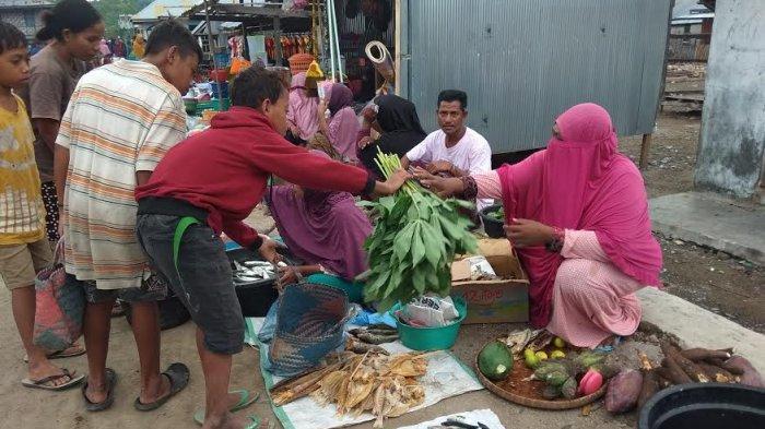 TRIBUN WIKI : Mengintip Pasar Barter di Labuan Bajo, Atraksi Budaya yang Bertahan di Era Modern