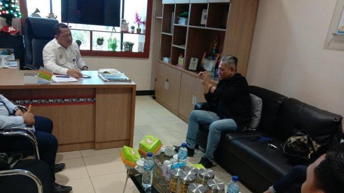 Pemred Pos Kupang Melakukan Kunjungan Silaturahmi dengan Kadiv Perencanaan Bank NTT