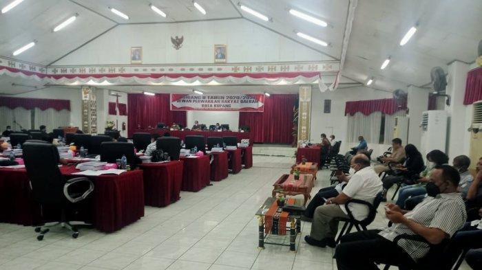 Didesak Klarifikasi Soal Tandon, Kepala BPBD Kota Kupang 'Hilang' Dari Paripurna di DPRD