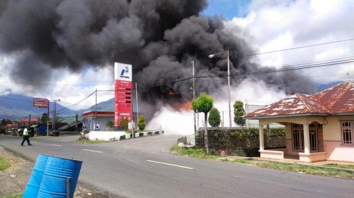 Polisi Masih Selidiki Penyebab SPBU Mena di Kota Ruteng Terbakar