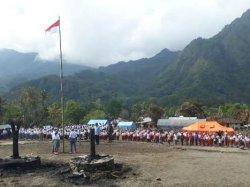Dikampung Gurusina Gelar Upacara Bendera HUT RI ke 73