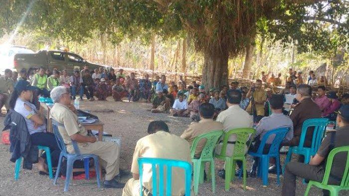 Hari Ini Tim Persiapan Pengadaan Lahan Pembangunan Temef Gelar Sosialisasi Di Desa Pene Utara