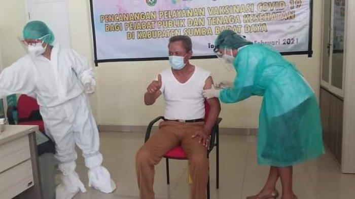 Wakil Bupati Sumba Barat Daya Canangkan Pemberian Vaksin Sinovac
