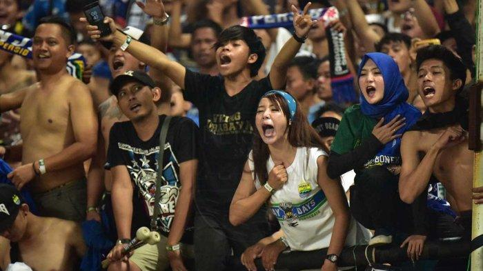 Ini Sorotan Bobotoh Jelang Persib Bandung vs Semen Padang termasuk Pelemparan Batu Bus Maung