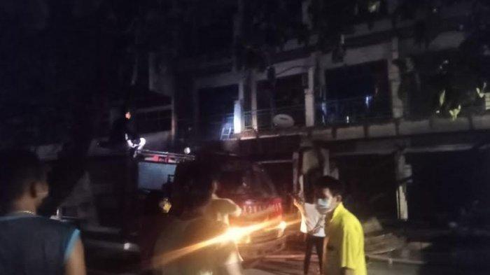 Kebakaran Hanguskan Tempat Karaoke di Kelurahan LLBK Kota Kupang