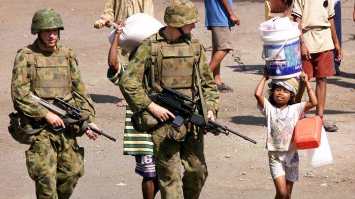 Dari Arsip 1999: Penjaga Perdamaian Australia Mengamankan Dili, Timor Leste