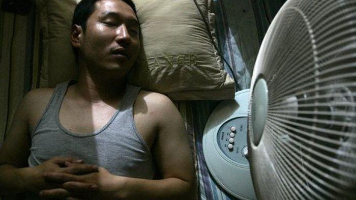 Wajib Kepo ! 7 Bahaya Tidur Pakai Kipas Angin - Pos Kupang